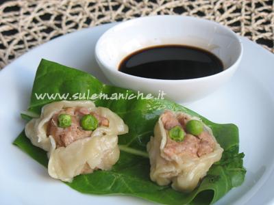 Xiao mai ravioli di gamberi al vapore cinesi home made for Gamberi alla piastra cinesi